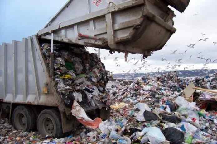 Siracusa: discarica di Sicula Trasporti parzialmente aperta, difficoltà nello smaltimento dei rifiuti