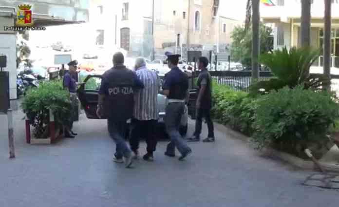 Ragazzine abusate in una setta religiosa: arrestati