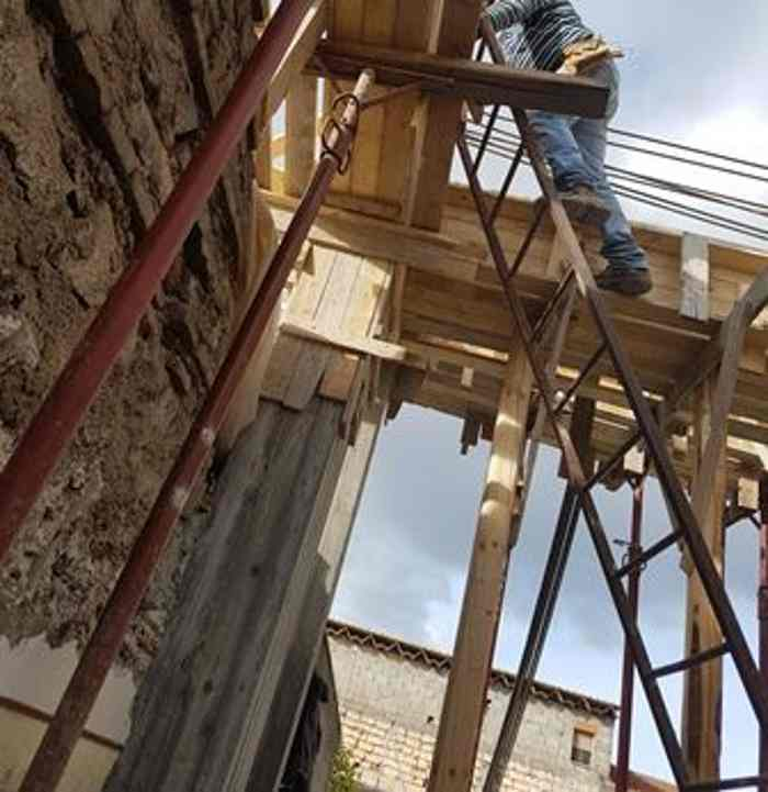 Lavoro in nero, sequestrato cantiere edile